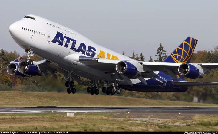 atlas-air-boeing-747-air-freight.png