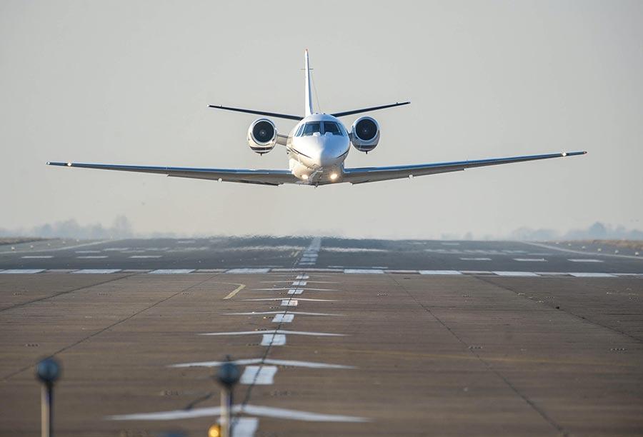 Unscheduled/ Charter Flights